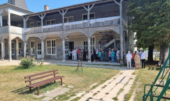Startovala imunizacija u Sokolani (FOTO)