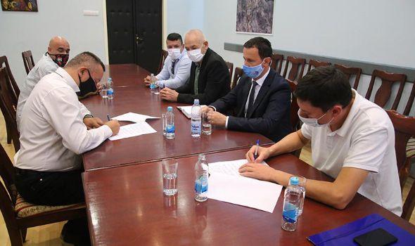 """SPD """"Radnički"""" ozvaničio saradnju sa SD """"Leotar"""" iz Trebinja"""