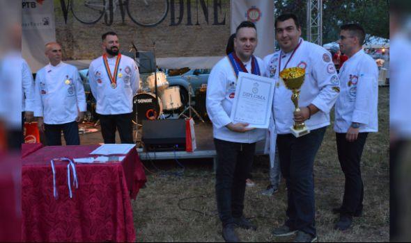 Ristović doneo HoReCa asocijaciji Kragujevac treći uzastopni trijumf na Vojvođanskom kulinarskom kupu (FOTO)