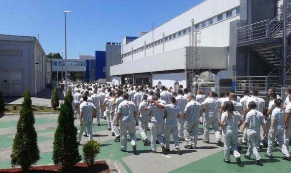 Radnici Fiata već osam dana štrajkuju: Grad se ponudio da pomogne, ali ga niko ništa ne pita