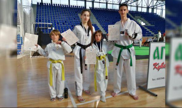 Tekvondo akademiji Kragujevac četiri medalje i pehar u Zrenjaninu