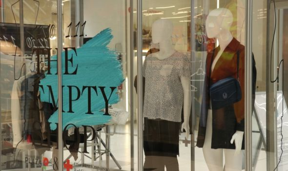 """Humani Kragujevčani """"praznu prodavnicu"""" napunili s više od tone garderobe za nedelju dana (FOTO)"""