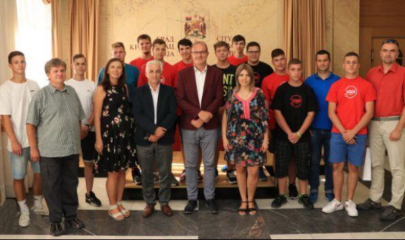 Učenici iz Češke gosti Prve tehničke škole
