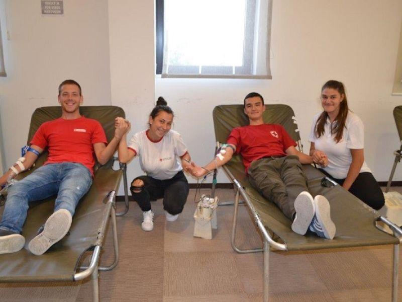 Na velikoj letnjoj akciji dobrovoljnog davalaštva prikupljene 82 jedinice krvi