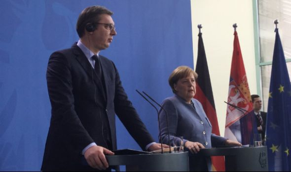 Merkelova dolazi u Šumarice