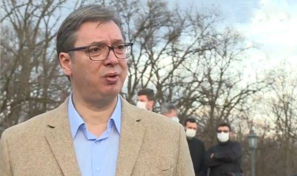 Vučić u Kragujevcu: Država će pomoći završetak crkve u Šumaricama