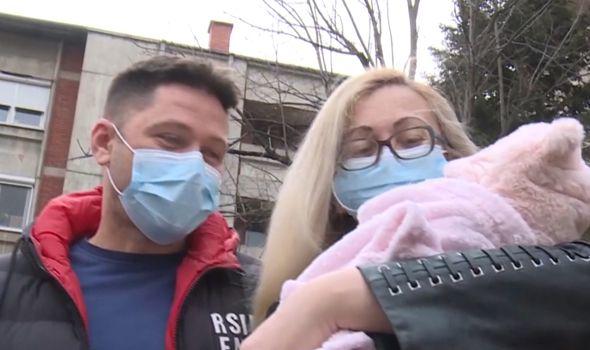 Vučić čestitao Vujičićima rođenje Danice, prve bebe rođene iz odmrznutih embriona u UKC Kragujevac