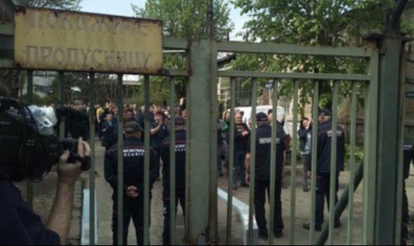 Oružari prete štrajkom, traže da sindikalac Ilić bude vraćen na posao