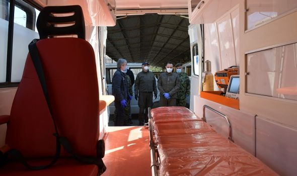"""""""Zastava TERVO"""" proizvela i donirala Vojsci Srbije sanitetsko vozilo potrebno tokom pandemije (FOTO)"""