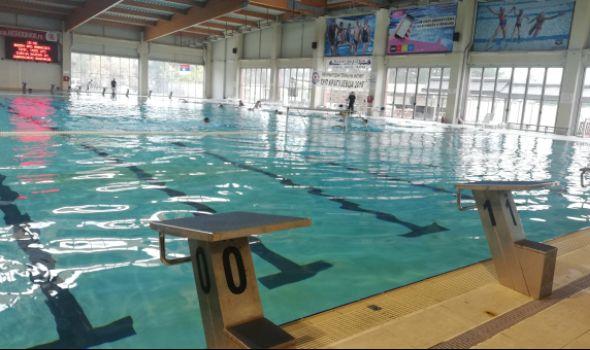 Bolji uslovi za plivače na zatvorenom bazenu: Renovirani toaleti, tuš kabine i rasveta (FOTO)