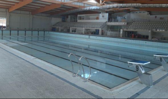Renoviranje zatvorenog bazena sa dva miliona (FOTO)