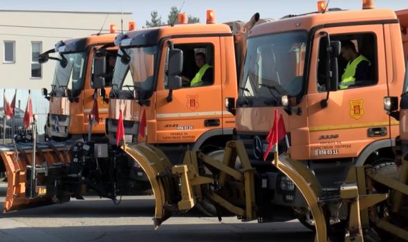 """Preduzeće za puteve: """"Spremni smo za zimsku sezonu"""", na raspolaganju 23 kamiona i 300 radnika"""