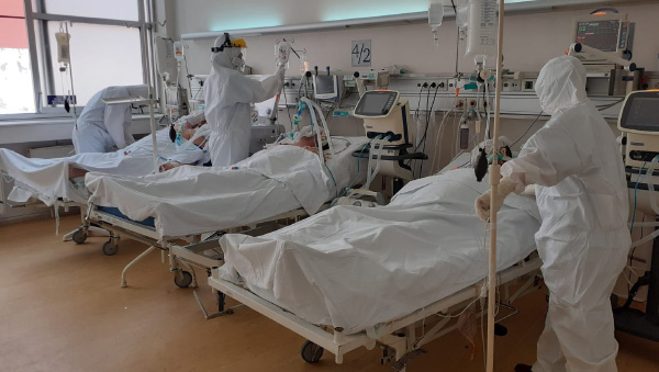 Klinički centar Kragujevac ima teže slučajeve obolelih od virusa COVID-19