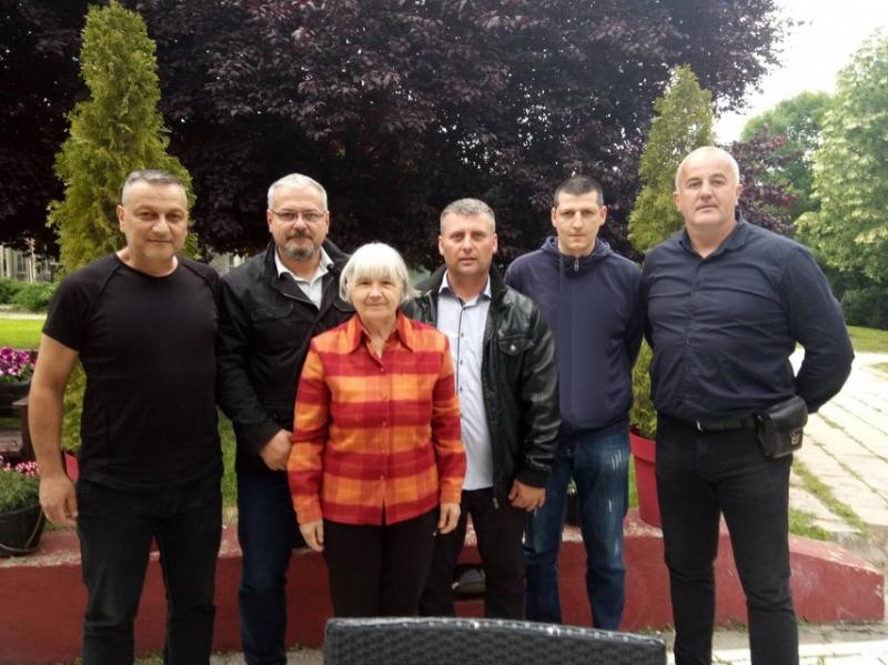 Grupa kragujevačkih naprednjaka NAPUSTILA SNS, podršku daju VERKU!
