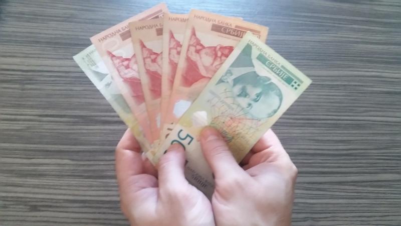 Kragujevčanima manje plate od Beograđana za gotovo 17.500 dinara