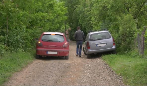 Meštani Prekopeče i Gornjih Jarušica muče muku sa infrastrukturnim problemima, očekuju pomoć od Verka (VIDEO)