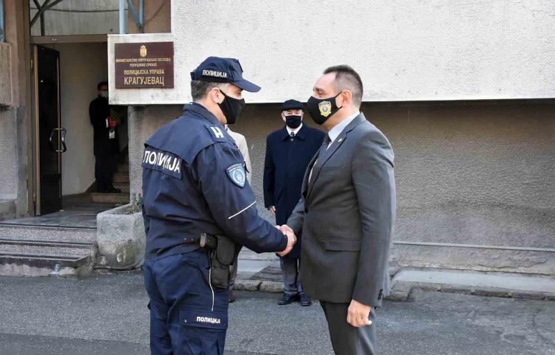 """Vulin i Rebić u Kragujevcu: """"Kriminal nećemo tolerisati, svi će, ma ko oni bili, biti procesuirani"""" (FOTO)"""